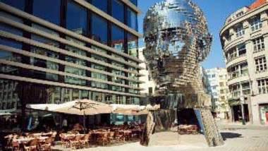 Скульптура «Голова Франца Кафки»