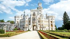 Замок Глубока над Влтавою – інтрига для туристів