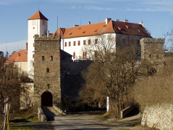 Замок Битов - megatour.cz