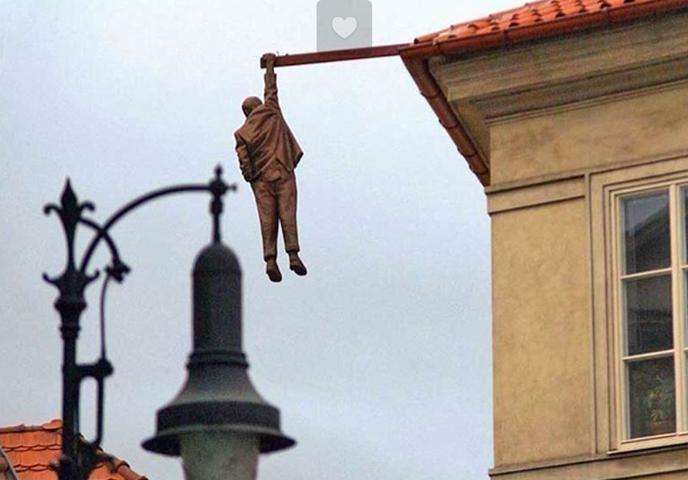 Памятник повешенному Зигмунду-megatour.cz