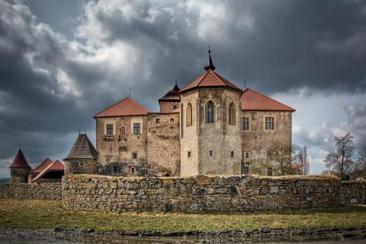 Замок Звиков - megatour.cz