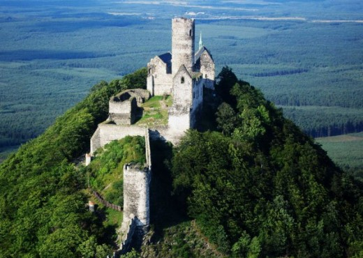 Замок Бездез - megatour.cz