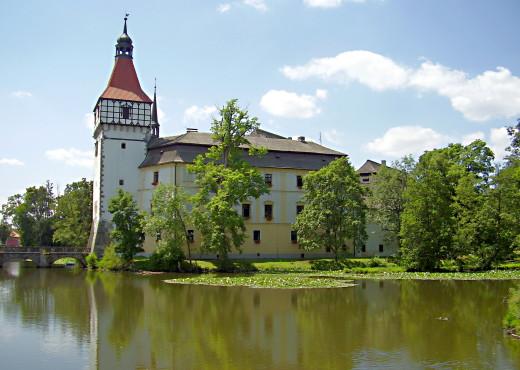 Замок Блатна - megatour.cz