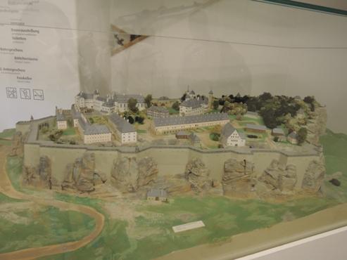 еще один макет замка Кенингшайн - megatour.cz