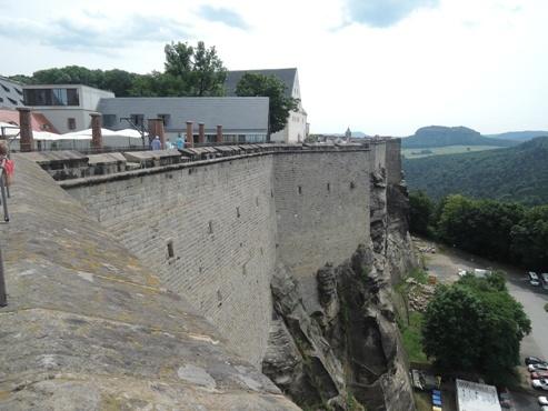 еще один вид из замка Кенигштайн - megatour.cz