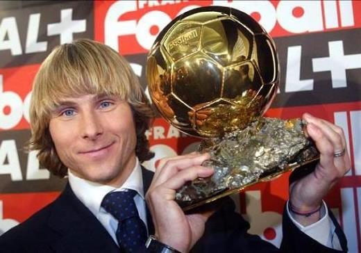 Павел Недвед  – Обладатель Золотого Мяча 2003 - megatour.cz