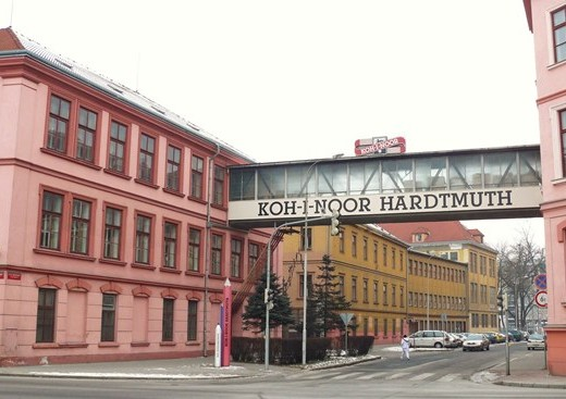 Филиал компании Koh-i-noor в городе Ческе-Будеевице - megatour.cz