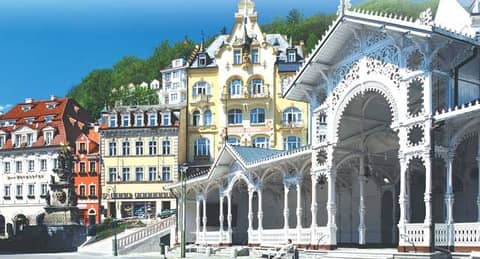 Karlovy Vary and Moser Factory - megatour.cz