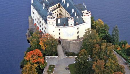 Замок Орлик и Велкопоповицкий пивовар Козел