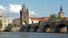 Карлів міст – одна з найголовніших історичних пам'яток