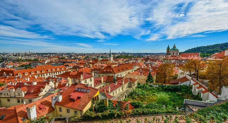 Private Sightseeing Tour of Prague - MegaTour.cz