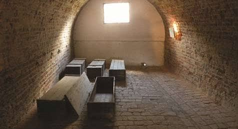 Private Theresienstadt - MegaTour.cz